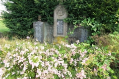 Kriegerdenkmal_Waldstrasse